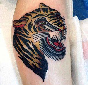 Hilde Neunteufel Tattoo Tiger Kopf