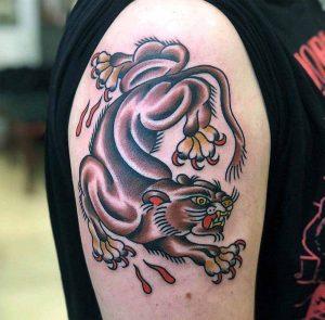 Hilde Neunteufel Tattoo Tiger Ganzkörper